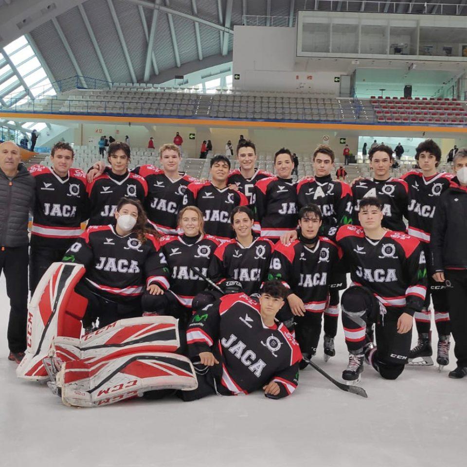 El equipo Sub 18 del Club Hielo Jaca juega las semifinales de la Liga